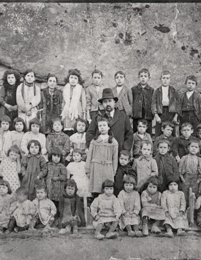[s.a.]. Angüés. Fototeca de la Diputación Provincial de Huesca.